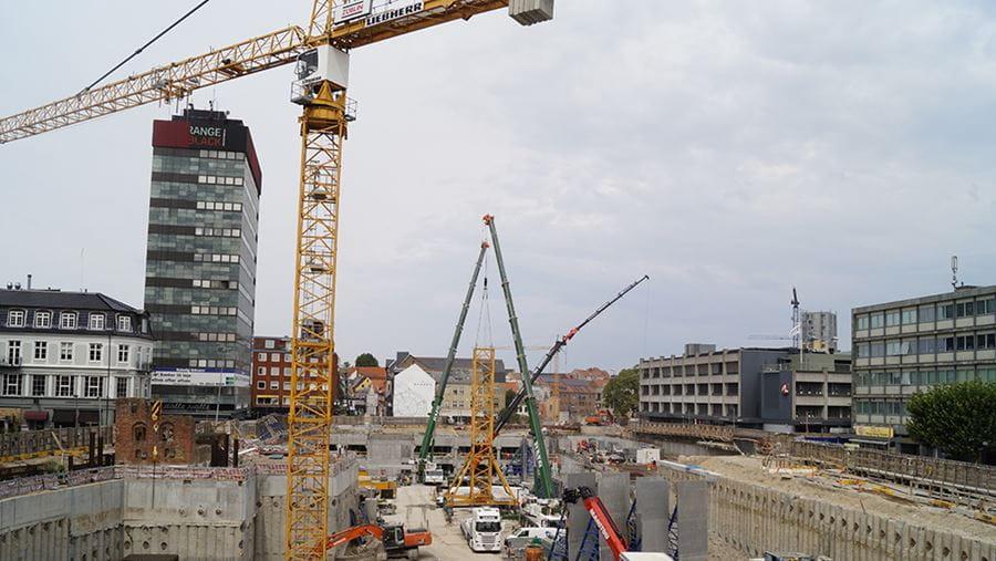 Billede af byggekraner ved ombygningen af Thomas B. Thriges gade